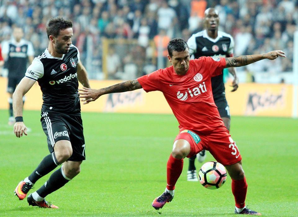 Beşiktaş – Antalyaspor maçı seyircisiz oynanacak!