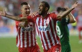 """Maicon'dan FLAŞ açıklamalar : """"Antalyaspor'da kazandığım para daha az"""""""