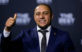 Antalyaspor'a Roberto Carlos'tan haber var!