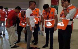 Antalya Stadyumunda neler oluyor! Girişlerdeki sıkıntı büyüyor