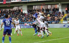 Karabükspor'da 2 oyuncu kart cezalısı