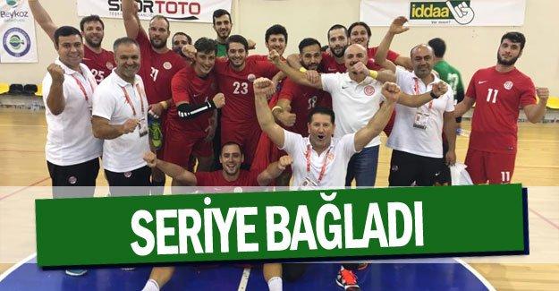 Antalyaspor Hentbol parmak ısırtıyor … Seriye bağladı