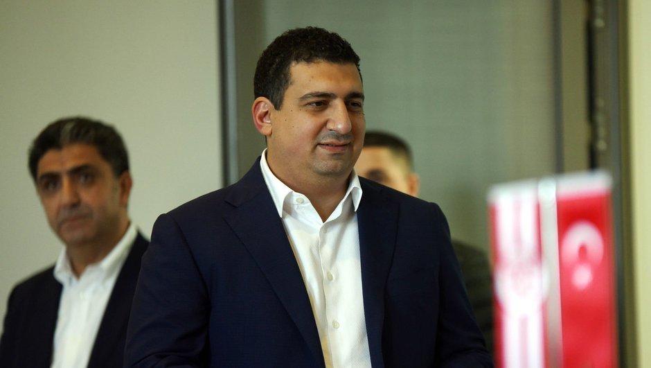 Ali Şafak Öztürk, kongre konuşması büyük alkış aldı … (VİDEO)