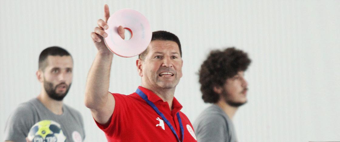 """Stevo Nikocevic, """"Emin adımlarla ilerliyoruz"""""""
