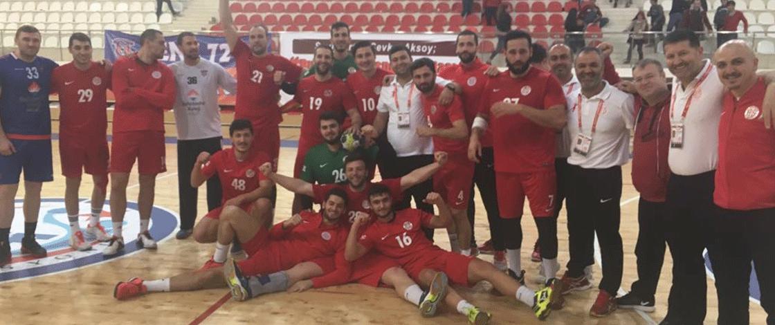 Antalyaspor çeyrek finalde ! Tarih yazıyorlar …