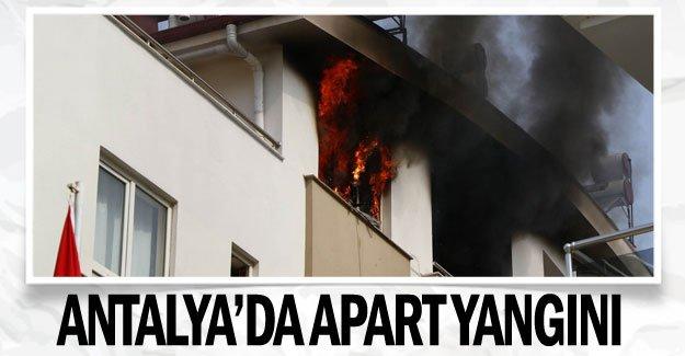 Antalya'da apart yangını