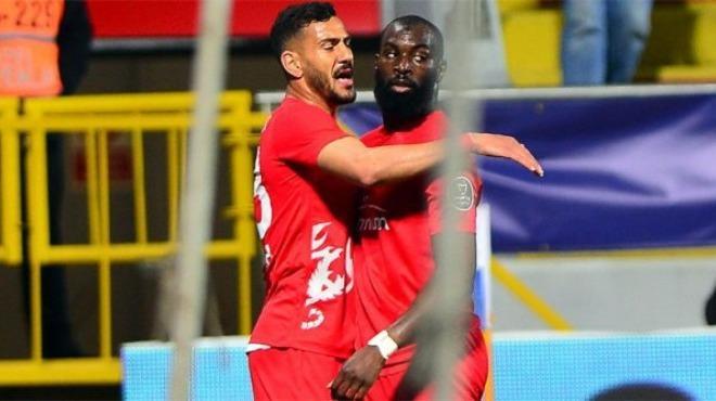 Süper ikili: Deniz Kadah & Souleymane Doukara