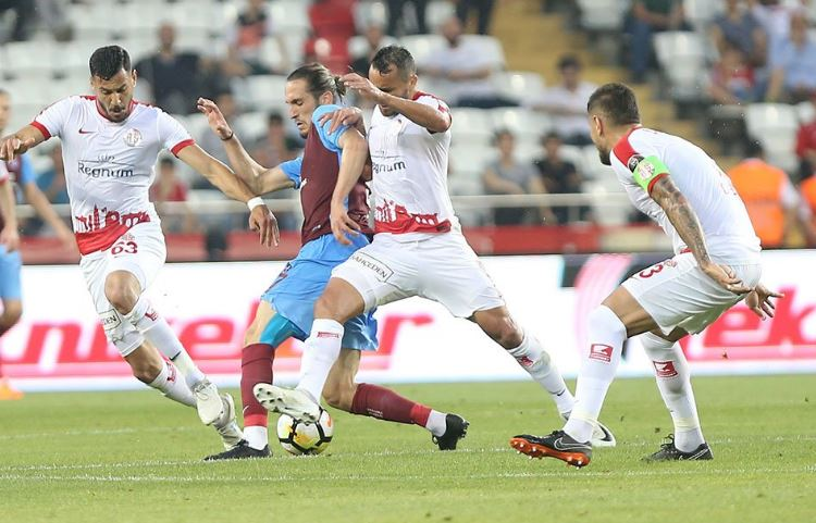 Charles'in yokluğu Antalyaspor'u düşündürüyor!