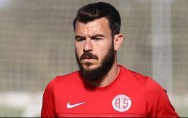 Antalyaspor iç transferde ilk imzayı attı!