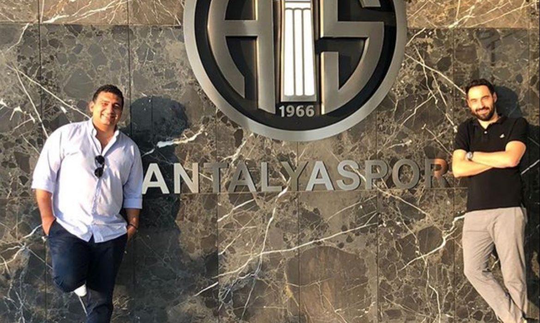 Antalyaspor'da Ali Şafak Öztürk'e rakip çıkarma çabaları