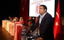 Antalyaspor Kulübü Derneği'nde Ali Şafak Öztürk dönemi resmen başladı
