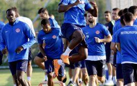 Antalyaspor'da 7 eksik