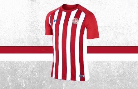 Slavia Prag müzesine Antalyaspor forması