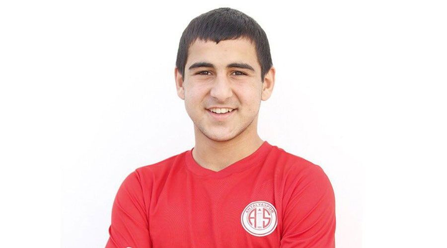 Antalyasporlu futbolcuya milli davet