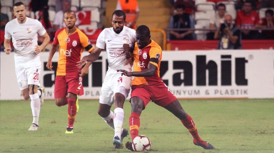 Antalyaspor fırsat tepti! Liderlik kaçtı…