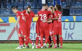 Antalyaspor duran toplarla gülüyor