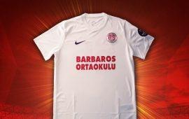 Antalyaspor'un sponsoru bu kez Barbaros Ortaokulu!