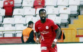 FIFA'dan Antalyaspor'a Djourou ödemesi