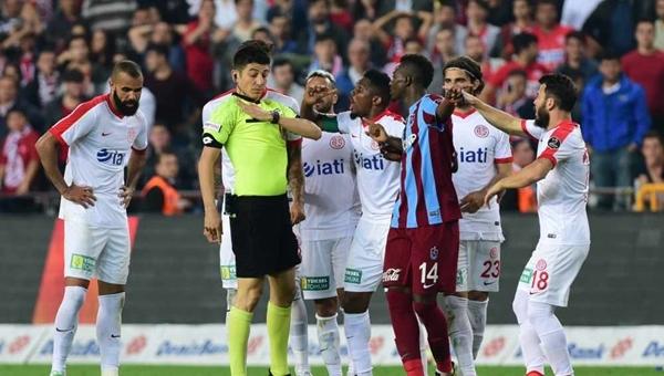 Fenerbahçe maçına istenmeyen hakem!