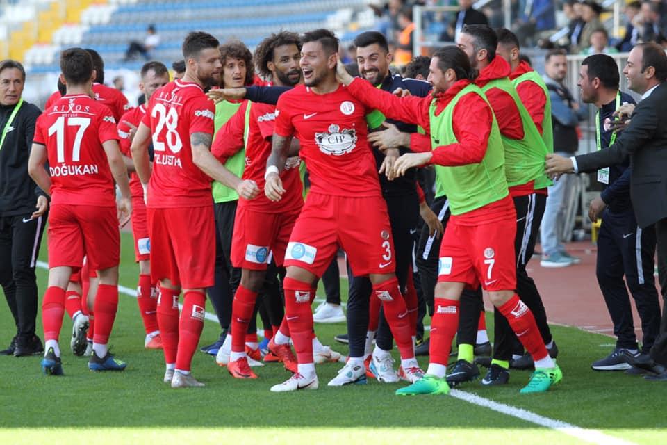 Antalyaspor'da kulübe skora katkı sağlayamıyor