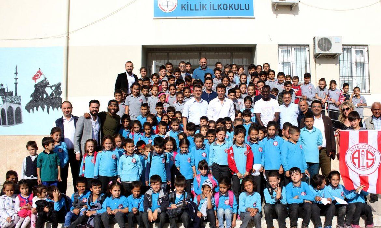 Antalyaspor'da okul ziyaretleri devam ediyor
