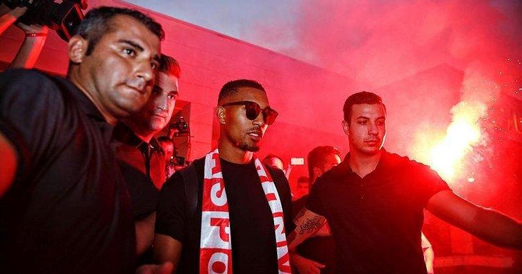 Antalyaspor, Maicon ve Vainqueur ile yolları ayırdı