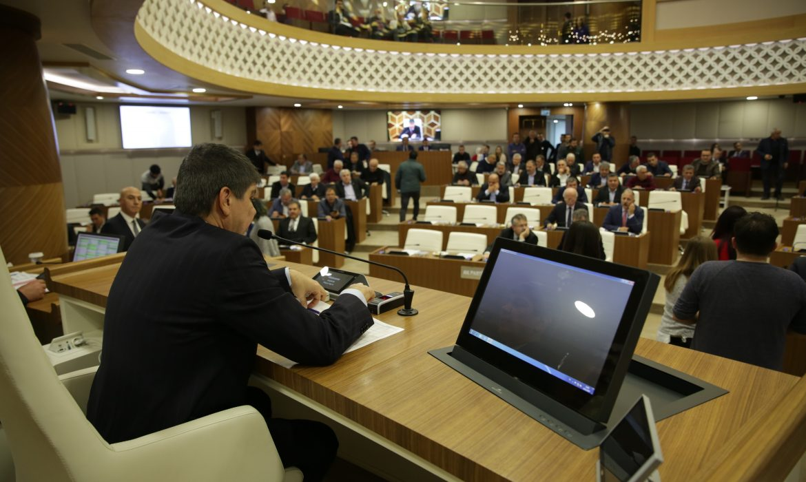 Antalyaspor'a gelir kaynağı projesi, CHP'nin ret oyuna rağmen meclisten geçti