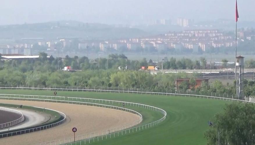 Antalya'ya yapılacak hipodrom beklemeye alındı