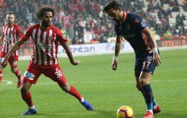 Antalyaspor – Başakşehir maçını izleyen seyirci sayısı belli oldu