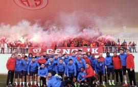 Antalyaspor'a taraftarından büyük destek