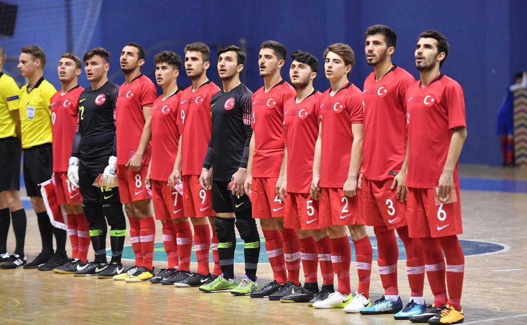 Antalyaspor'un gençleri milli takımlarda göz doldurdu