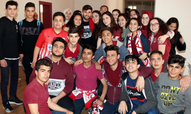 Antalyaspor'un okul ziyaretleri devam ediyor