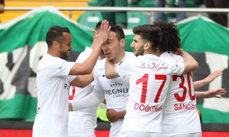 Akhisarspor 1 – 2 Antalyaspor