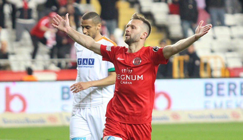 Hakan Özmert'in Gazişehir ile anlaşma sağladığı iddia edildi