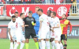 Antalyaspor en az duraklama verilen takım oldu