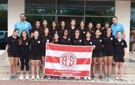 Antalyaspor Sutopu Takımı Adana'da