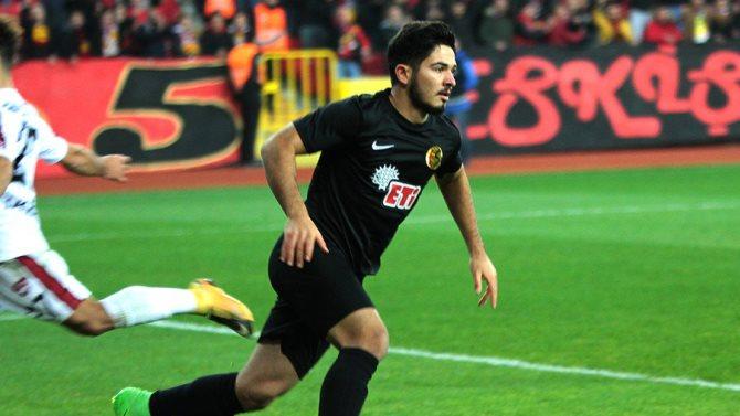 Es Es'li futbolcu açıkladı: Antalyaspor benimle ilgileniyor