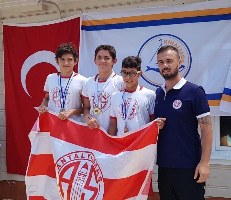 Antalyaspor madalyaları rekorla aldı