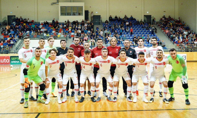 Mustafa Acar gollerine devam etti