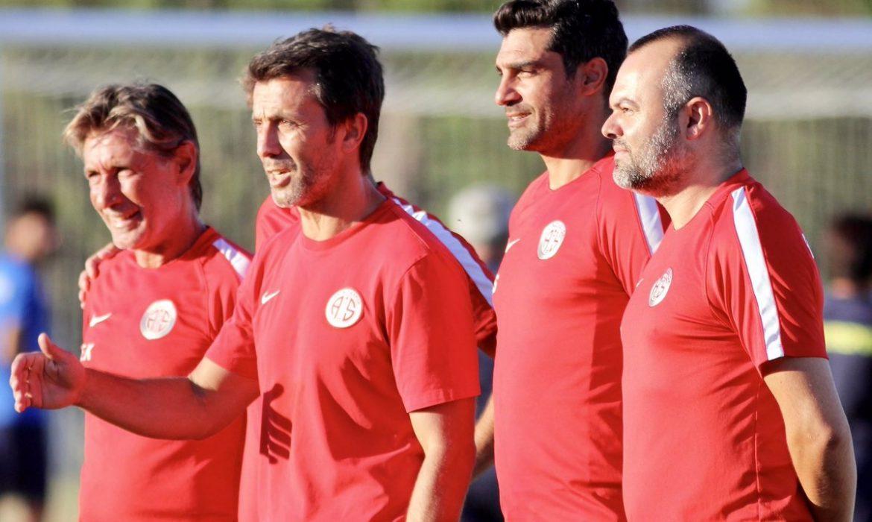 Antalyaspor'un Erzurum kampı kadrosu belli oldu