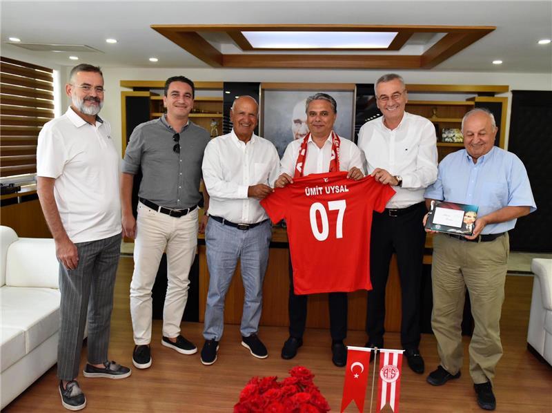 Antalyaspor Kulübü Derneği'nin ziyaret turu devam ediyor