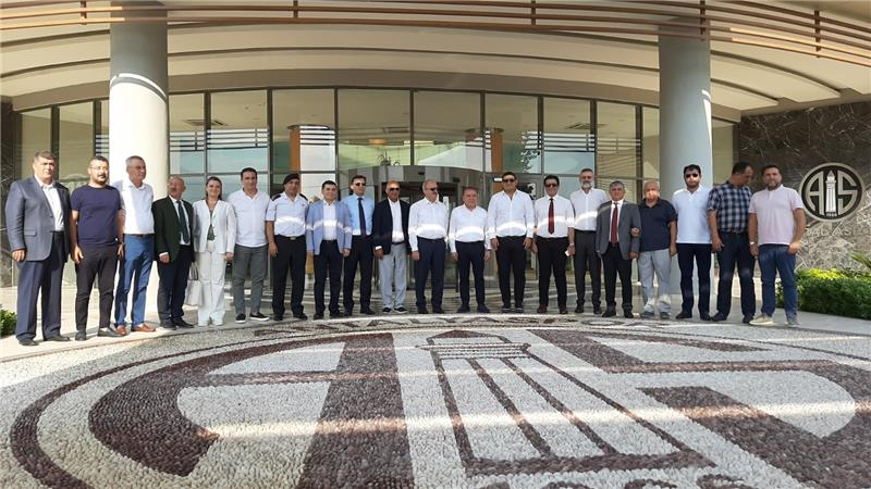 Antalyaspor'a 'Hayırlı olsun' ziyareti