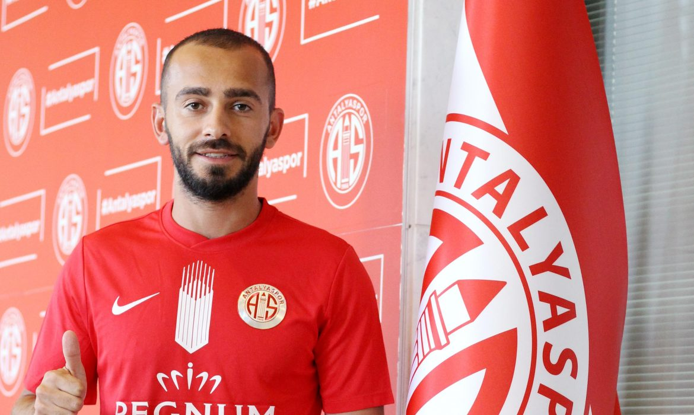 Eren Albayrak resmen Antalyaspor'da