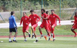 Antalyaspor'da kadro gençleşiyor