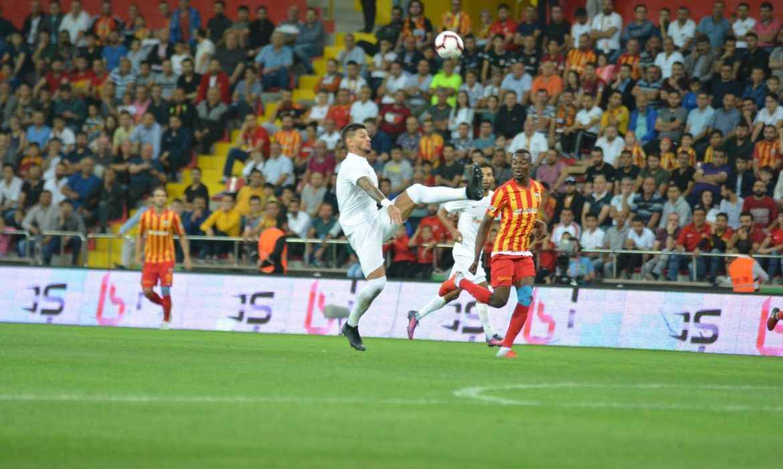 Antalyaspor, Kayserispor'a geçit vermiyor