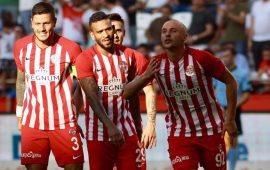 Antalyaspor skor avantajını bırakmıyor