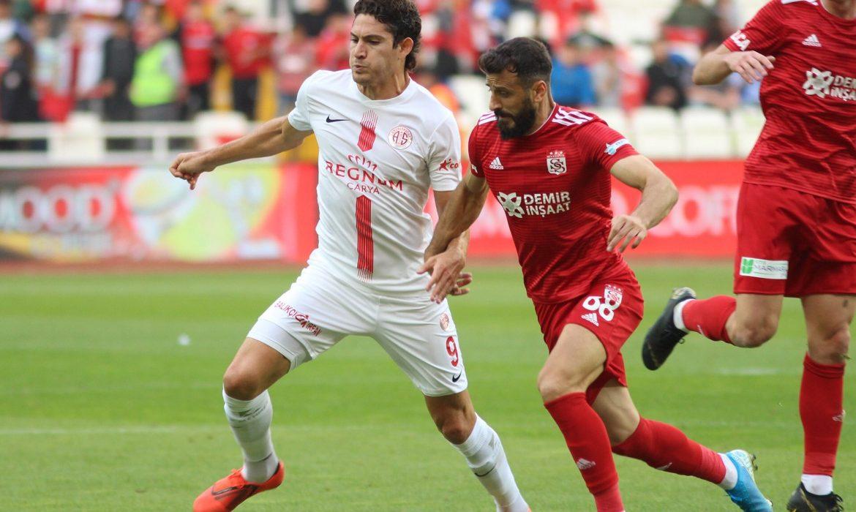 Gustavo: Bu maçı unutmalıyız