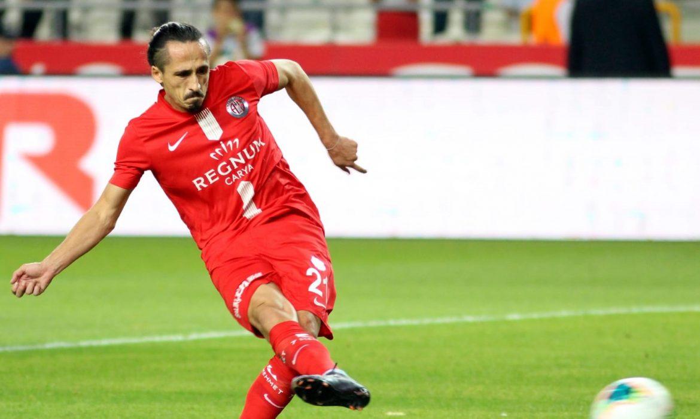 Antalyaspor beyaz noktaya kolay gidiyor