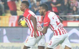 Mukairu Süper Lig'in zirvesinde