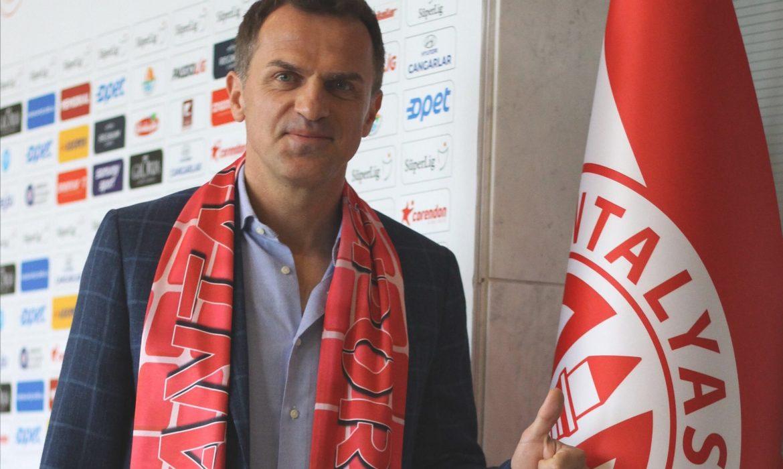 Tomas resmen Antalyaspor'da